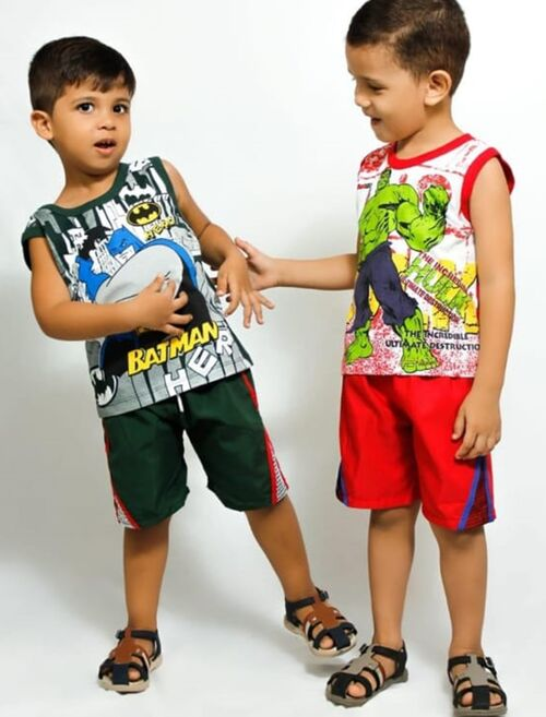 Conjunto Infantil Masculino Short Tactel e Regata Estampa Heróis Personagens Atacado
